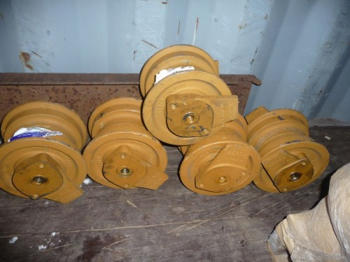 IH 500C bottom rollers